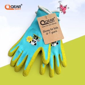 wear gardening gloves for children